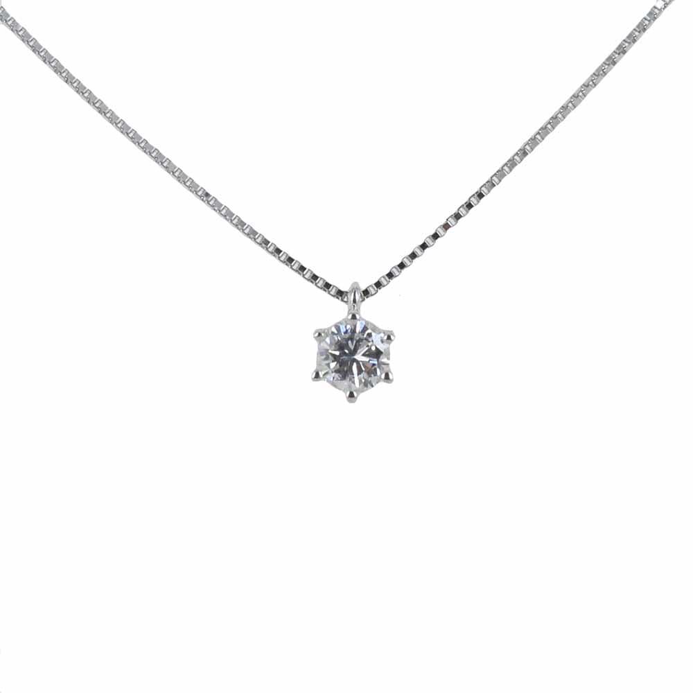 Diamante perfetto per una laurea
