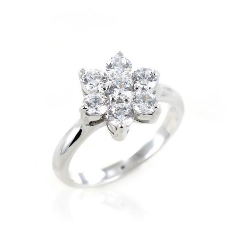 anello in argento e zirconi modello stella