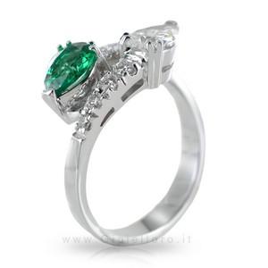 Anello Contrarie' con Smeraldo e Diamante a Goccia - gallery