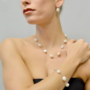 Bracciale con perle di acqua dolce diametro 11 - 12 mm - gallery