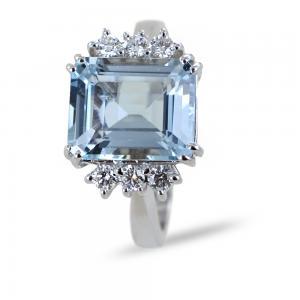 Anello Acquamarina grande 4 carati centrale e 6 Diamanti - gallery