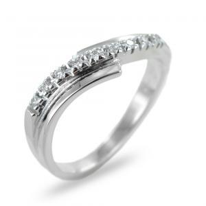 Anello fantasia con fascia diamanti su doppia fascia in oro ct 0.10 - gallery