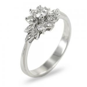 Anello in oro bianco e diamanti Solitario fantasia - gallery