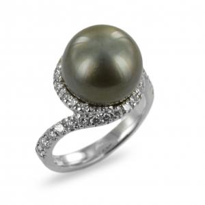 Anello con Perla nera Tahiti e diamanti - gallery