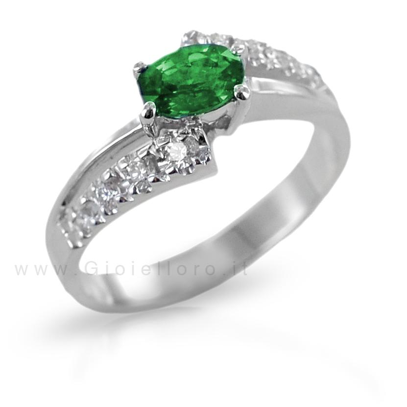 Anello Smeraldo ct 0.50 e Diamanti fantasia a doppia fascia