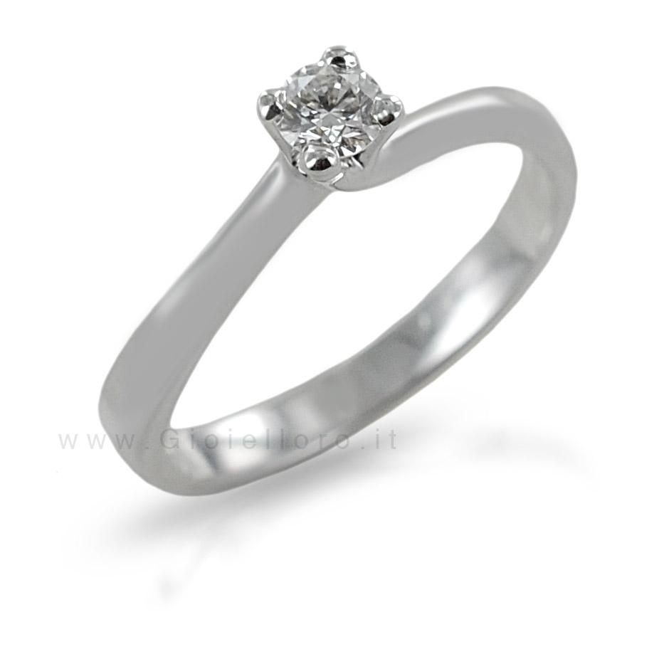 Anello Solitario con diamante ct 0.19 G Vs