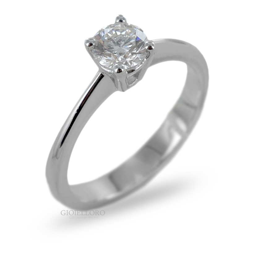 Anello Solitario in oro bianco con Diamante ct 0.63 colore H VS