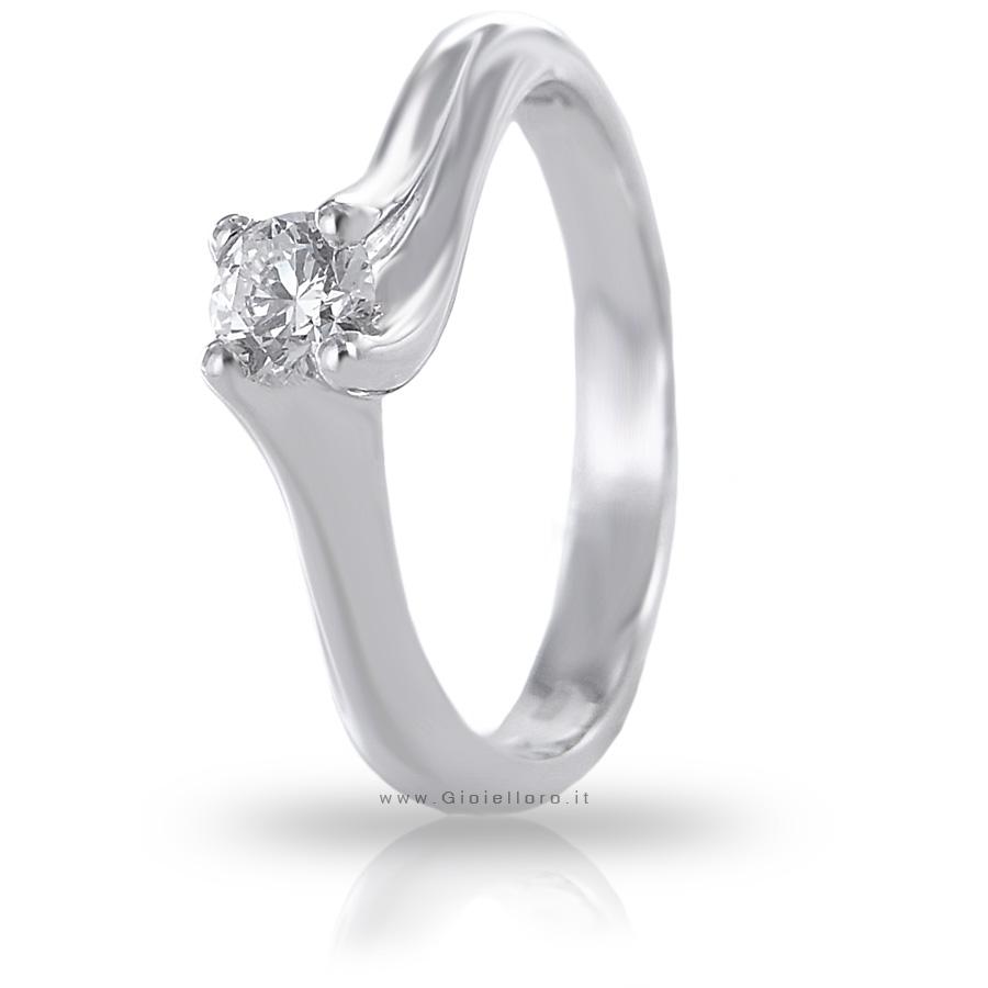 Anello Solitario in oro bianco con diamante ct.0.23 colore F VS
