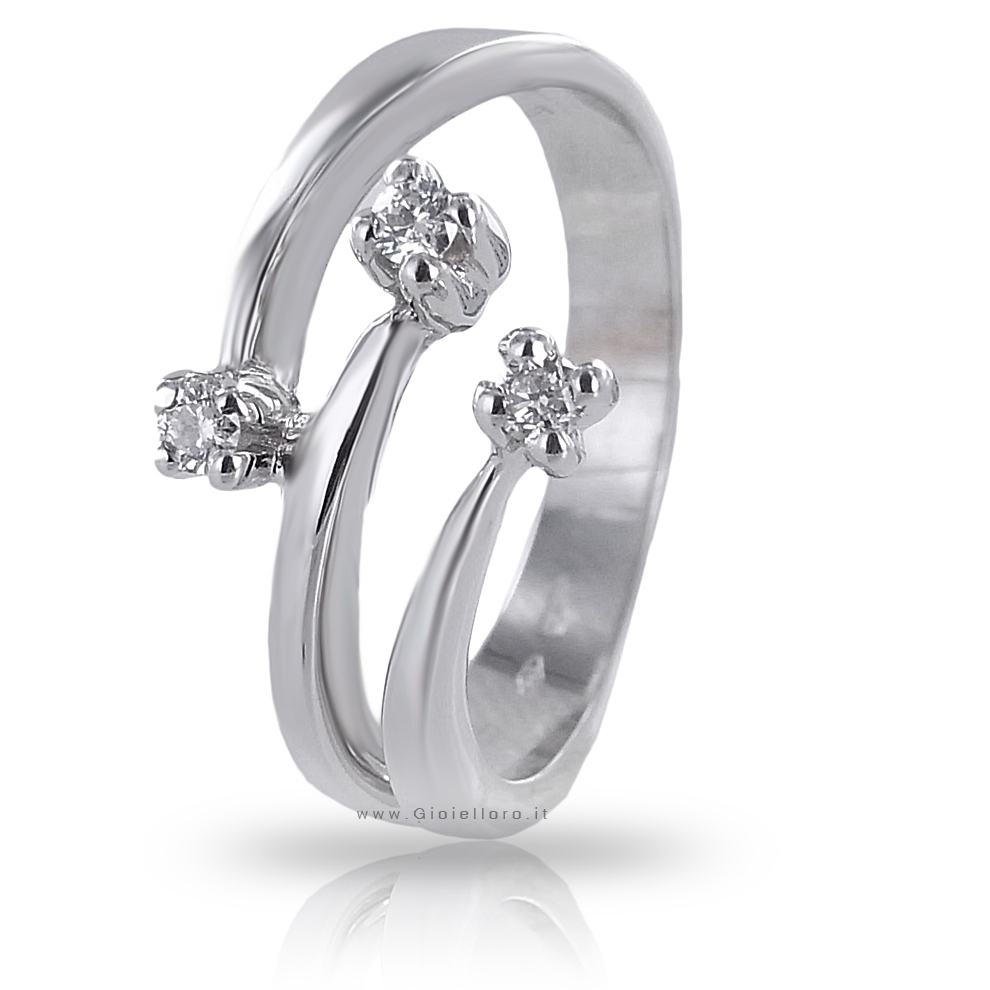 Anello Trilogy fantasia in oro bianco con Diamanti ct 0.22 G SI