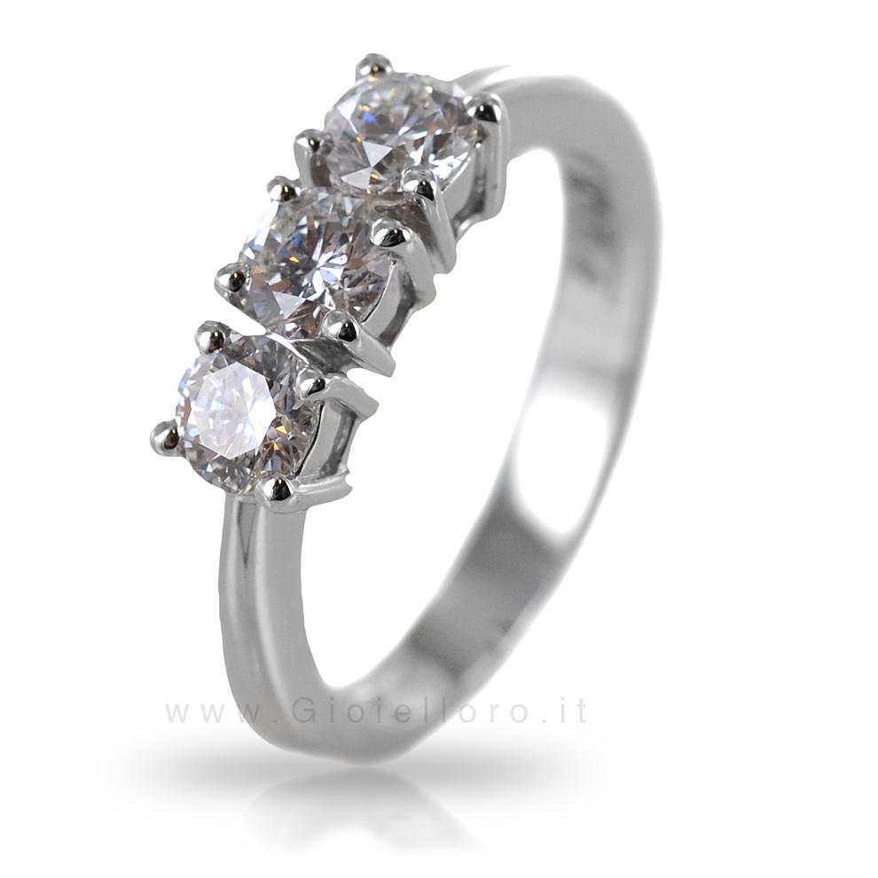 Anello Trilogy in oro e diamanti ct 0.91 colore F purezza VS