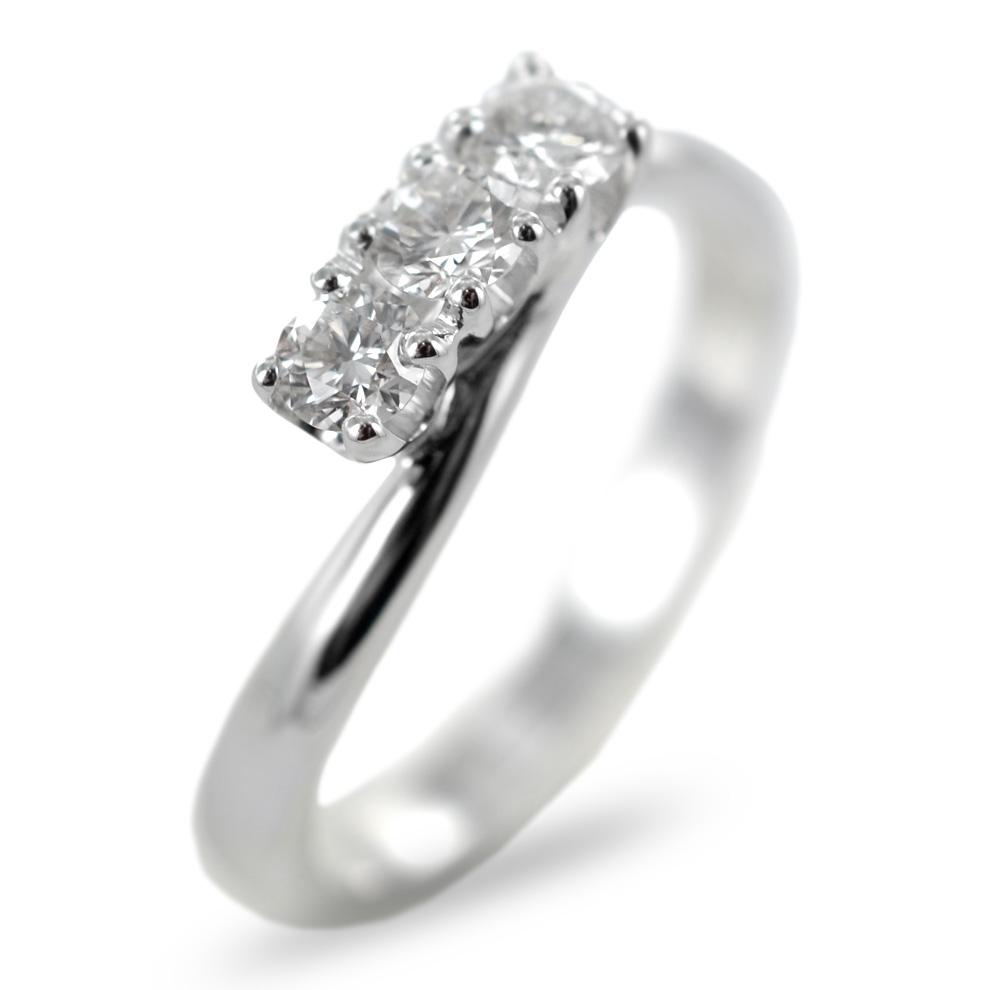 Anello Trilogy valentine in oro e diamanti ct 0.40 F
