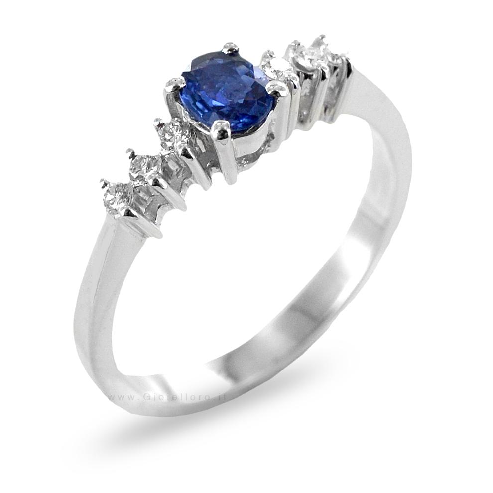 Anello Zaffiro ct 0.33 e Diamanti sul gambo