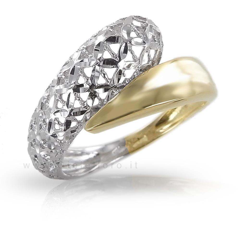 Anello in oro due colori Lorenzo Ungari Le Scintille
