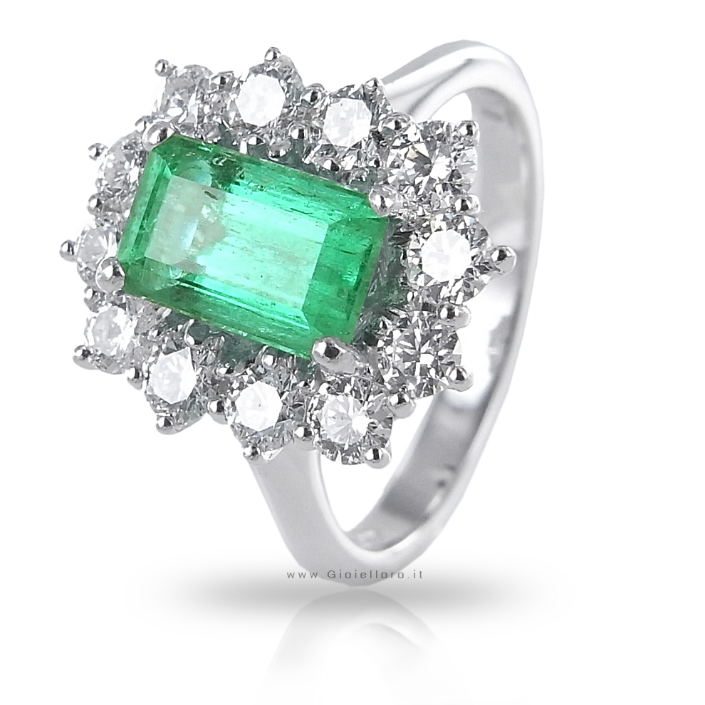 Anello in oro e Diamanti con Smeraldo Columbia centrale ct 1.49 Gioielli Valenza