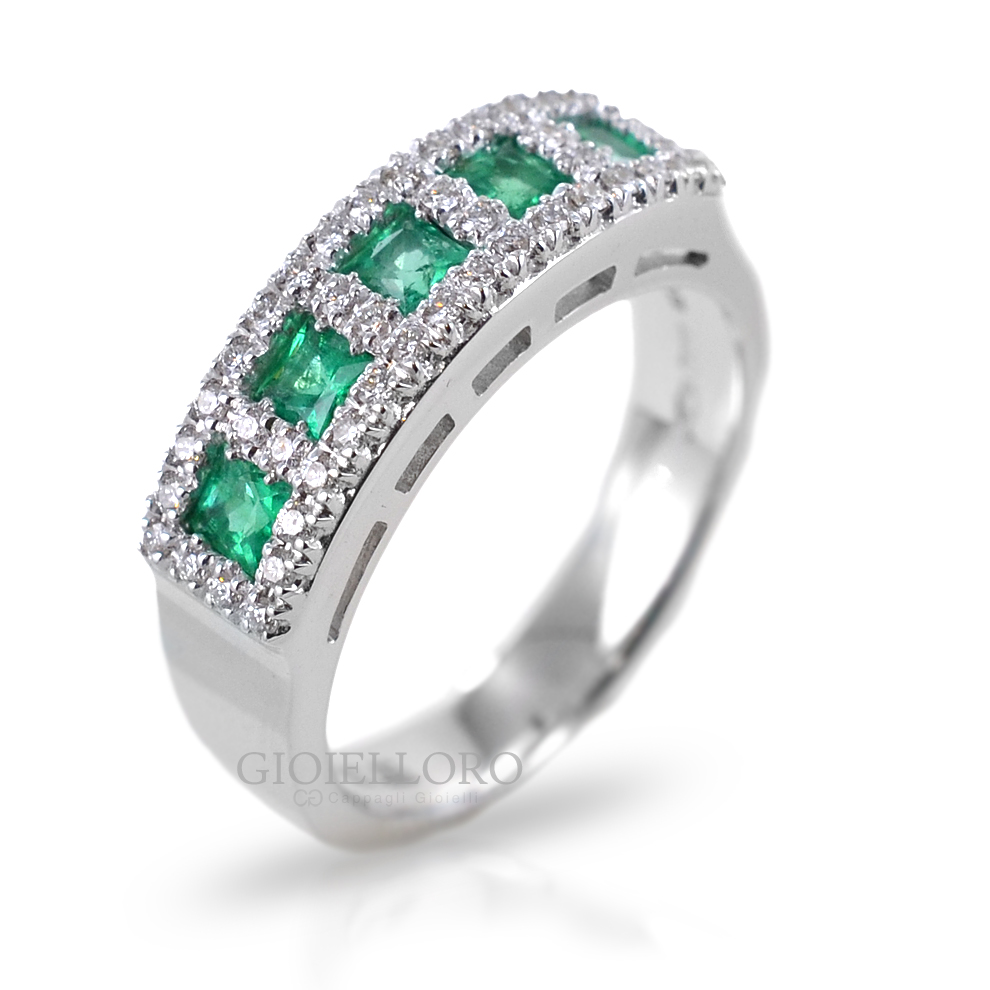 Anello in oro e diamanti con Smeraldi Columbia Gioielli Valenza