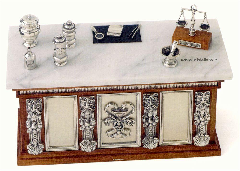Banco farmacia  in legno, argento 925/000 e marmo