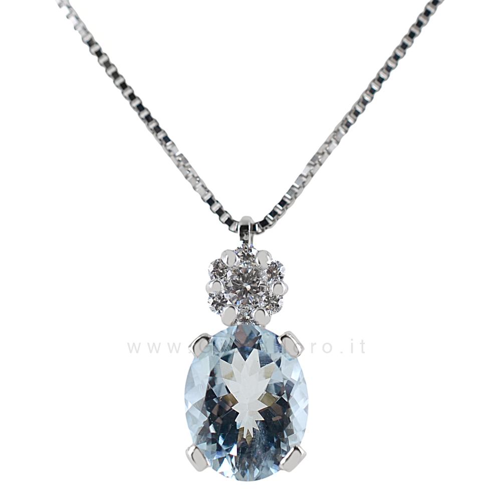 Collana con Ciondolo Acquamarina Ovale e Diamanti