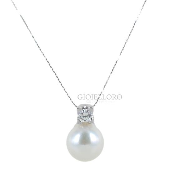 Collana con ciondolo perla Giapponese 8-8.50 mm e diamante