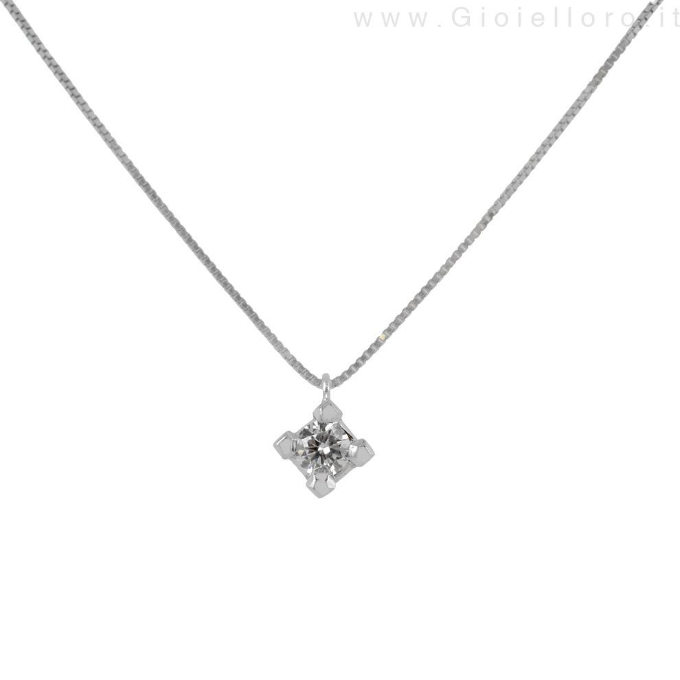 Collana punto luce con diamante carati 0.12 G