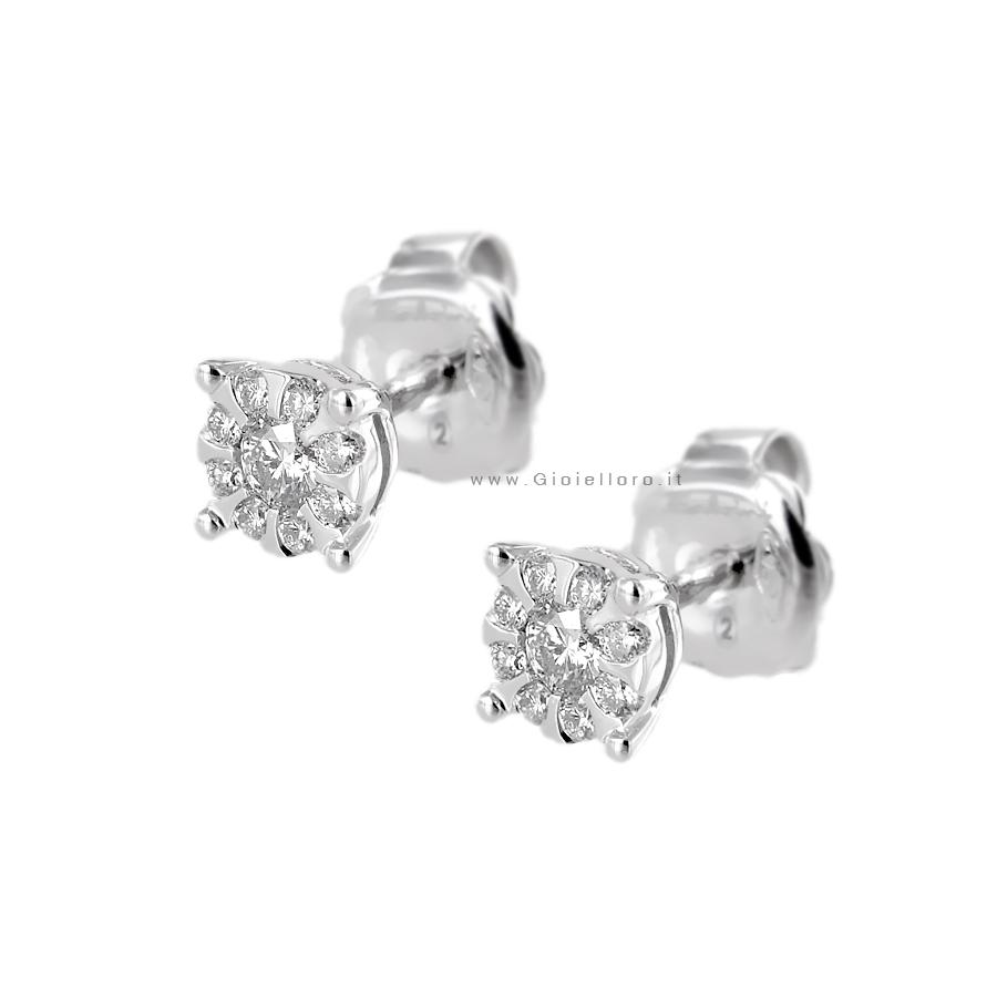 Orecchini Salvini Daphne con diamanti effetto punto luce ct 0.36