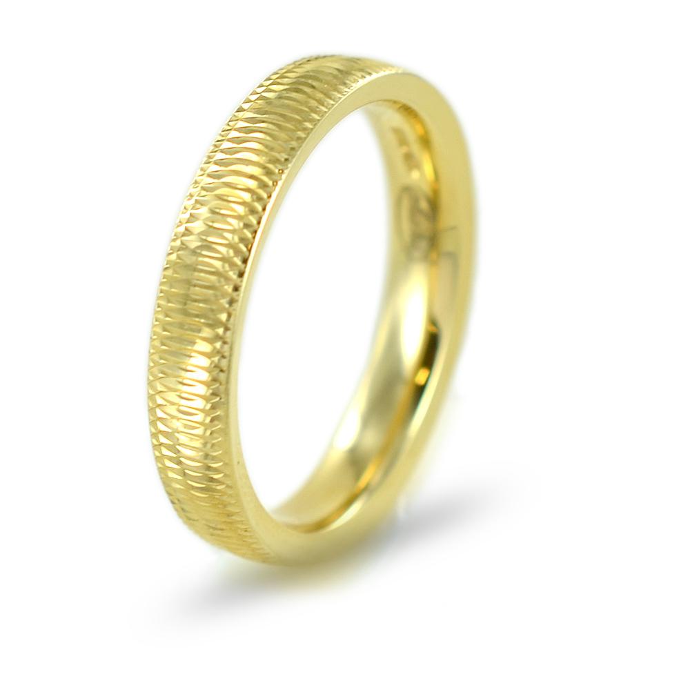 Anello a fascia lavorata in oro giallo 4 mm misura 22