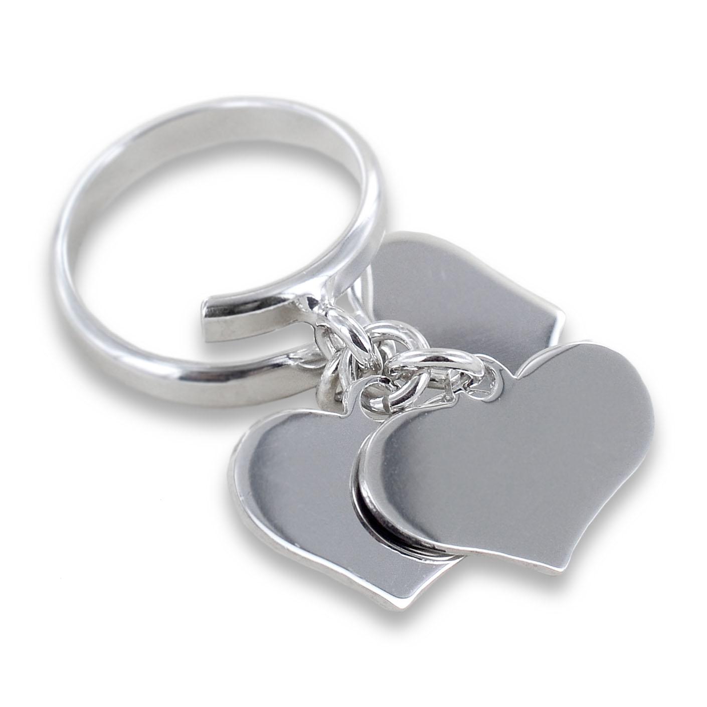 Anello con 3 ciondoli cuore pendente in argento