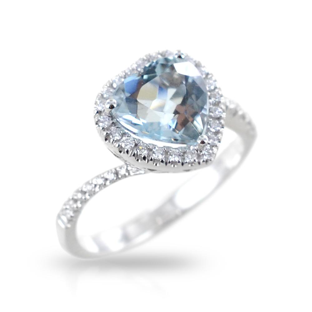 Anello con Acquamarina a cuore e contorno di Diamanti Gioielli Valenza