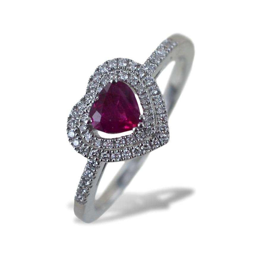 Anello con Cuore Rubino Birmania con doppio contorno di Diamanti