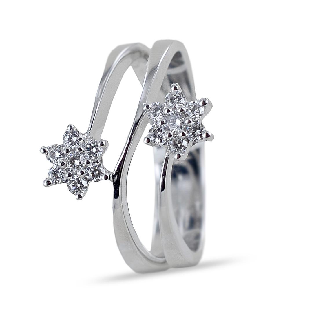 Anello con doppia stella di diamanti su tre fasce Gioielli Valenza