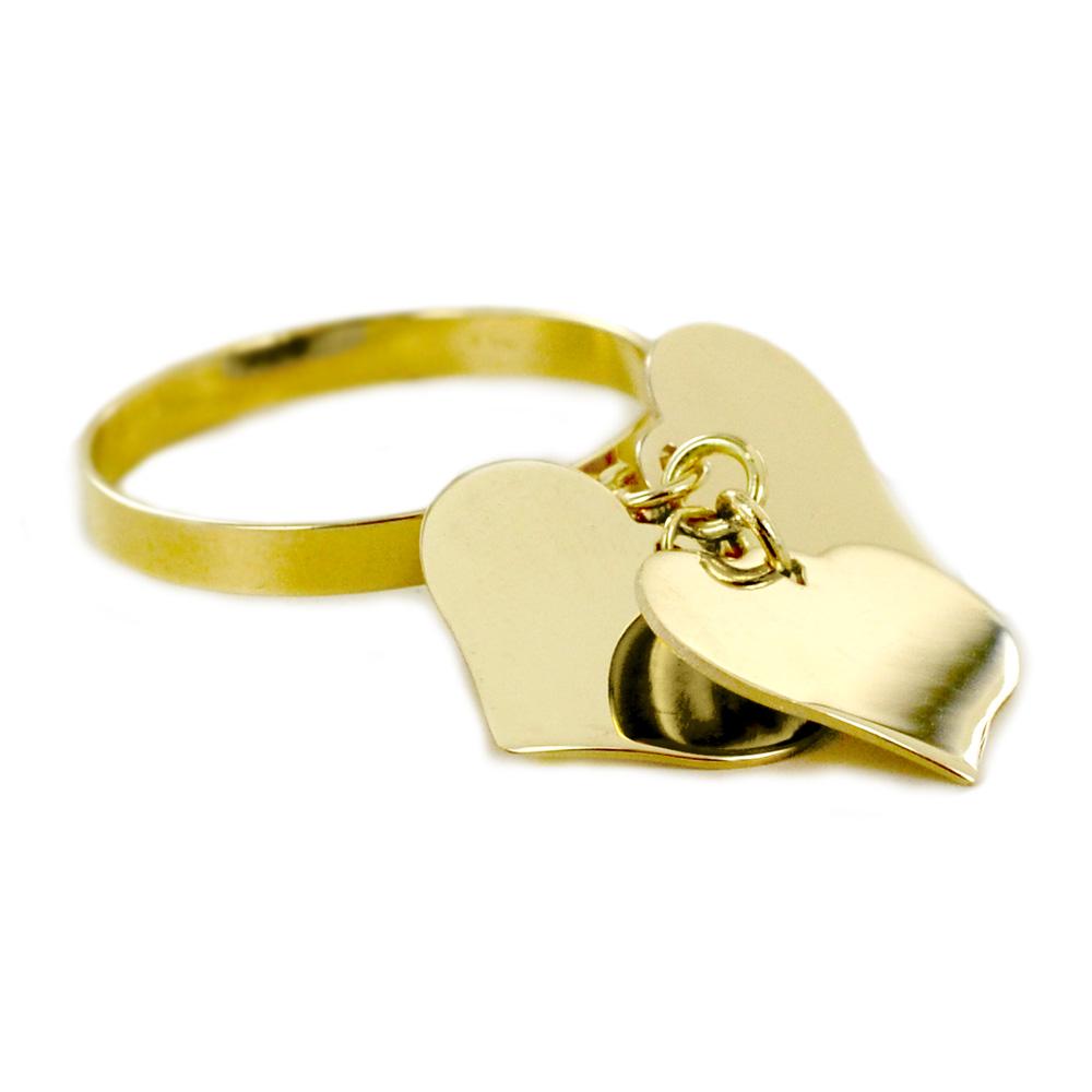Anello con tre ciondoli cuore in oro giallo