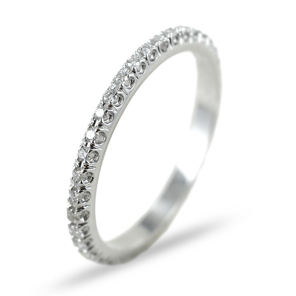 Anello Fede Eternity sottile in oro bianco e diamanti ct 0.21 G VS