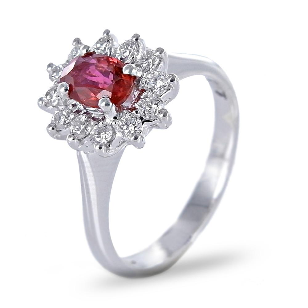 Anello in oro e diamanti con Rubino Birmania Gioielli Valenza