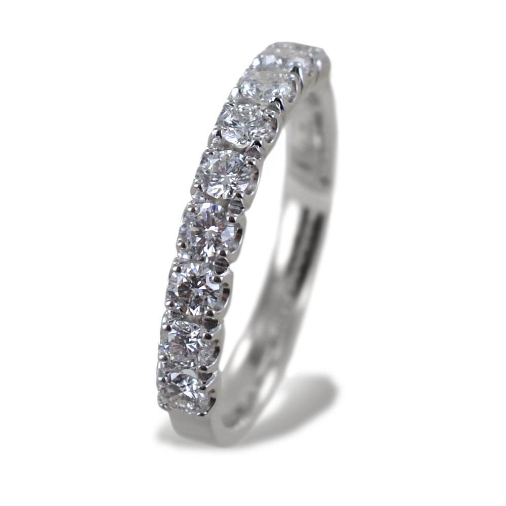 Anello riviera media in oro bianco con diamanti oltre mezzo carato