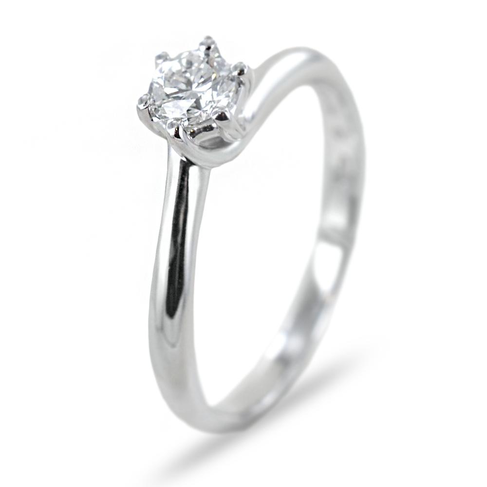 Anello solitario con diamante ct 0.31 Salvini gioielli