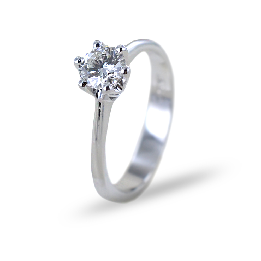 Anello Solitario grande a 6 griffes con diamante di mezzo carato