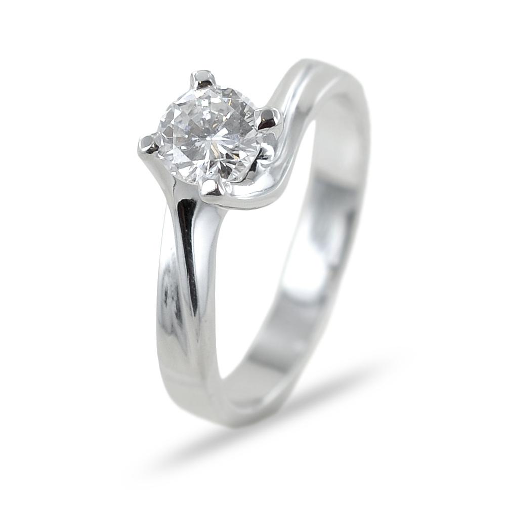 Anello solitario Valentine con diamante 0.59 G color