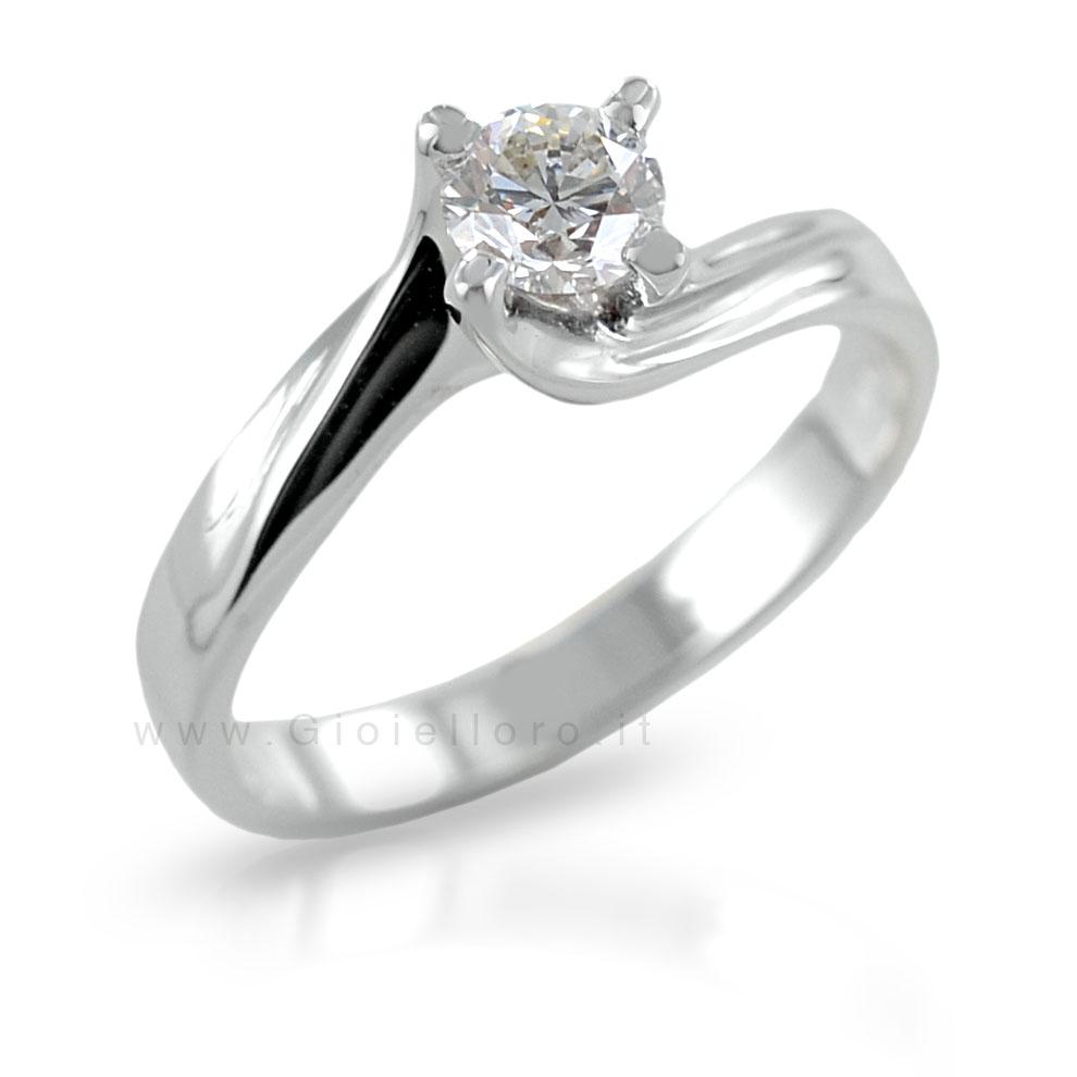 Anello Solitario Valentine in oro con diamante 0.27 G