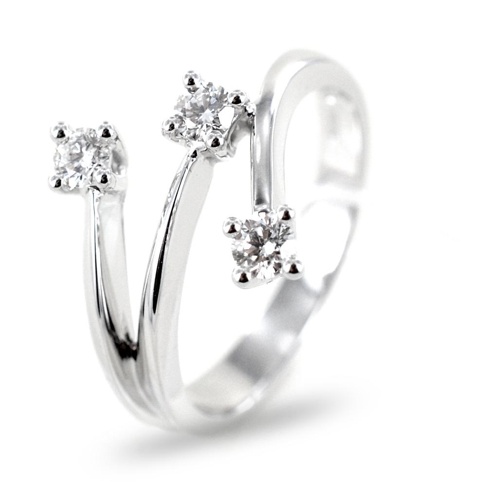 Anello Trilogy sfalsato su tre gambi con diamanti ct 0.20 G VS Gioielli Valenza