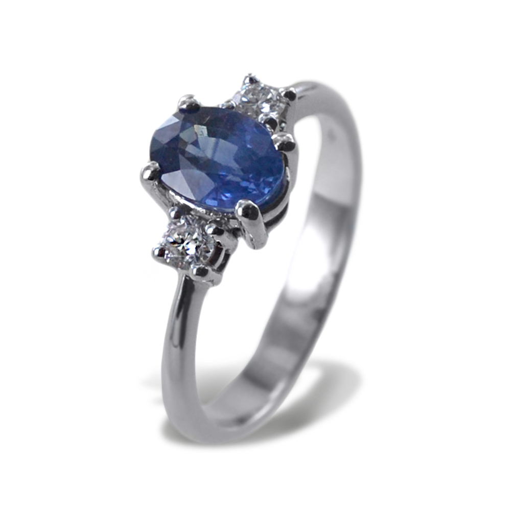 Anello Zaffiro da 1 carato e Diamanti sul gambo