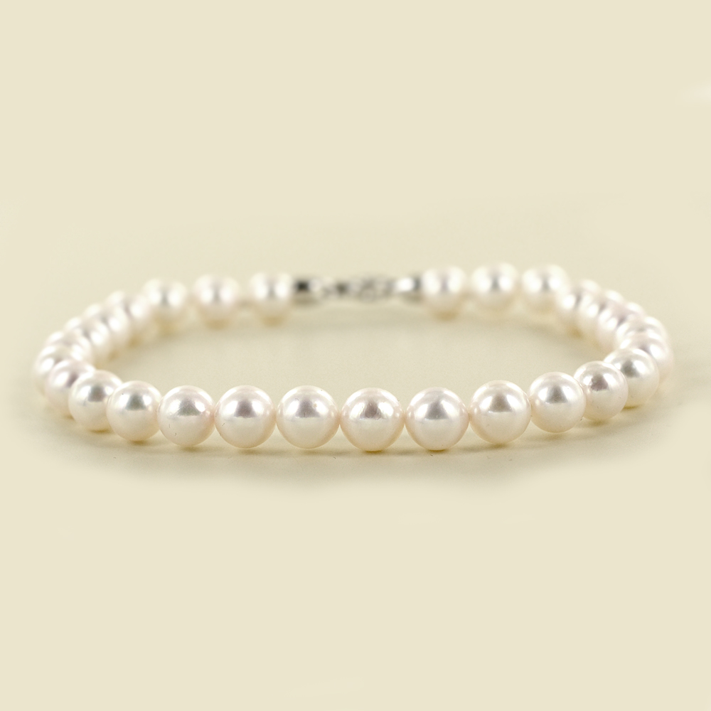 Bracciale filo di perle Akoya 6.50-7.00 mm con diamante sulla chiusura