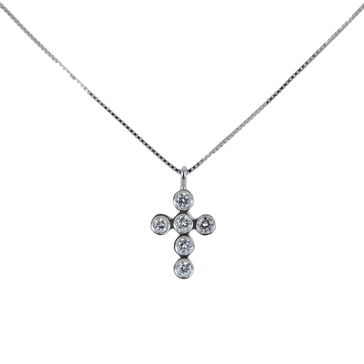 Collana con ciondolo Croce piccola con Diamanti ct. 0.15