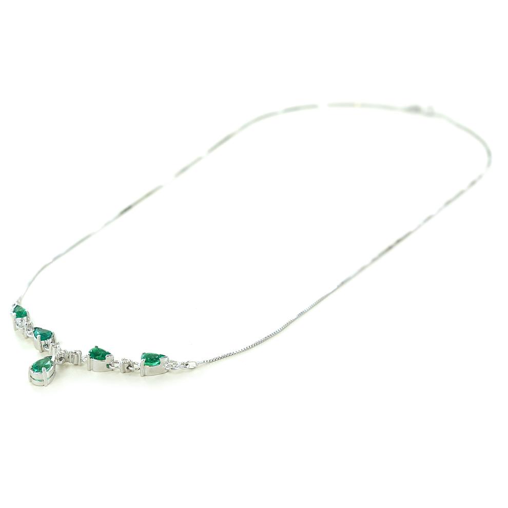 Collana in oro bianco 5 smeraldi a goccia e diamanti