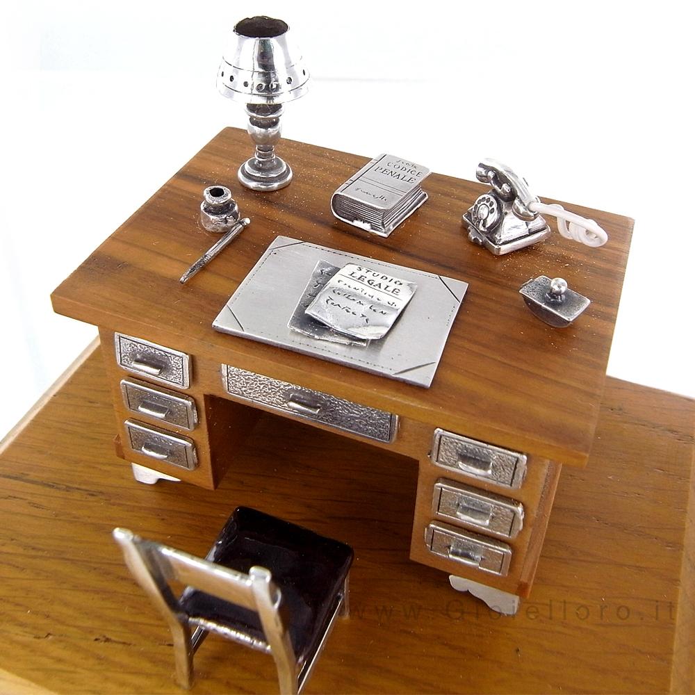 scrivania avvocato in argento 925 000 e legno gioielloro