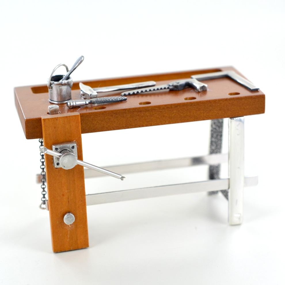 Annunci cerco scrivania for Annunci regalo mobili