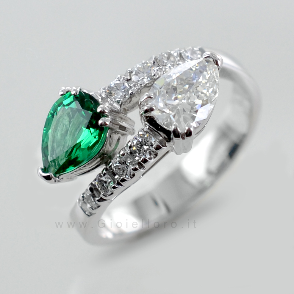 comprare popolare 0619d 5621b Anello Contrarie' con Smeraldo e Diamante a Goccia ...