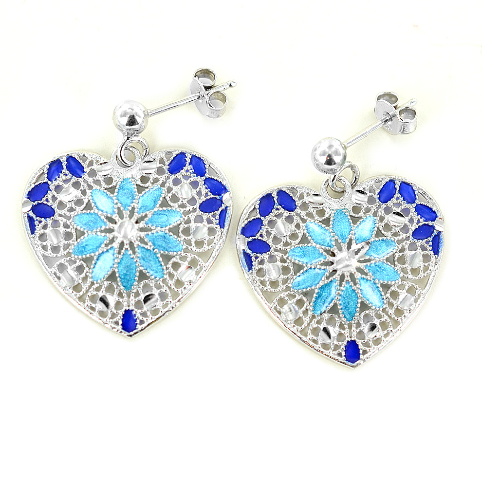 caa982618fdf25 Orecchini in argento con pendente cuore e smalti azzurri collezione Notre  Dame